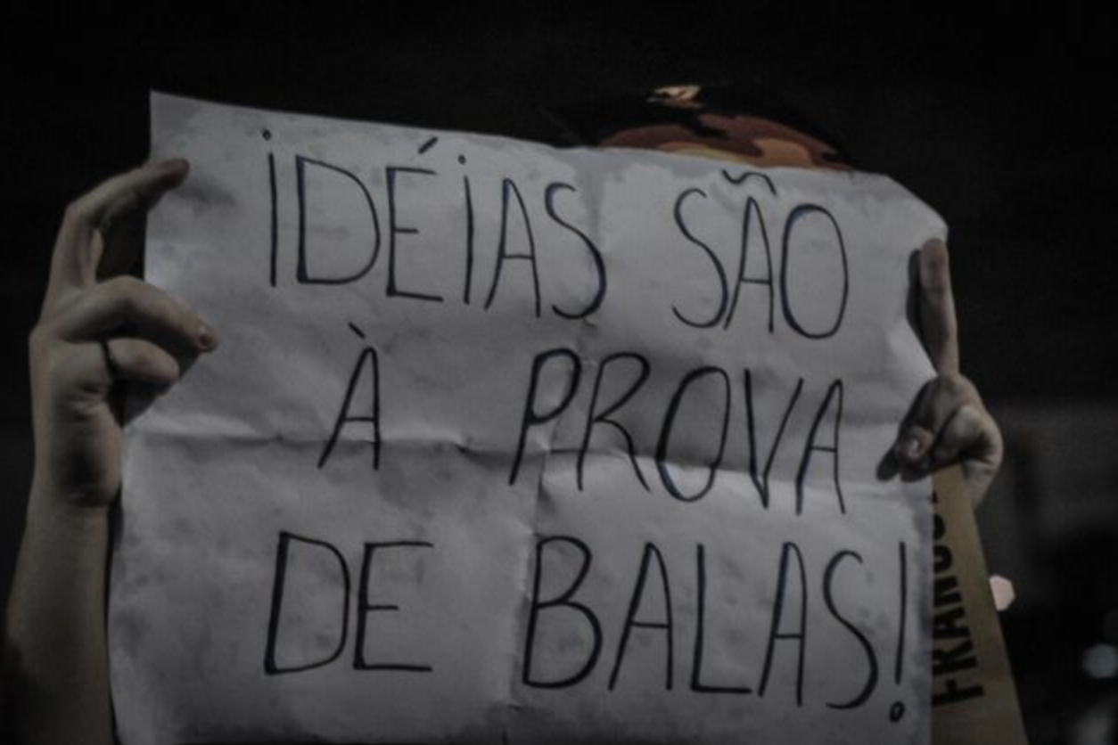 Brasileiros mobilizam-se nas redes e vão para as ruas. (Crédito: Elineudo Meira/Fotos Públicas)
